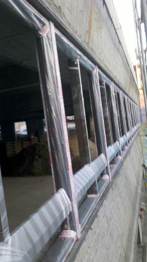 錦鋐氣密窗-大型建案施工