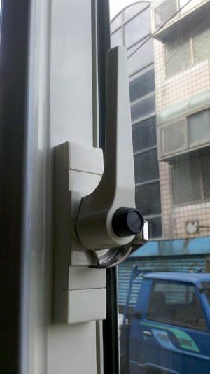 兒童安全把手 - 力霸隔音窗